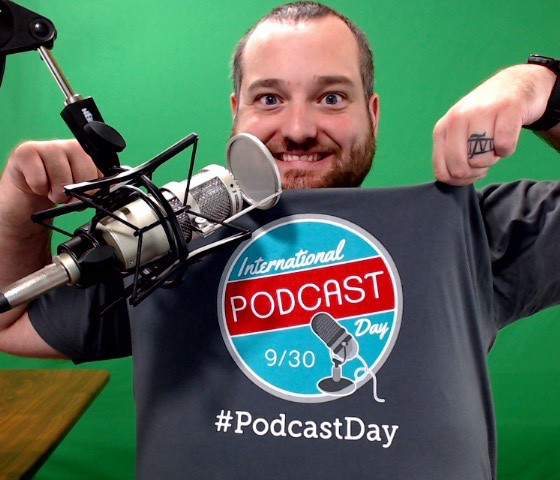 PodCastDay-Shirt-homehq
